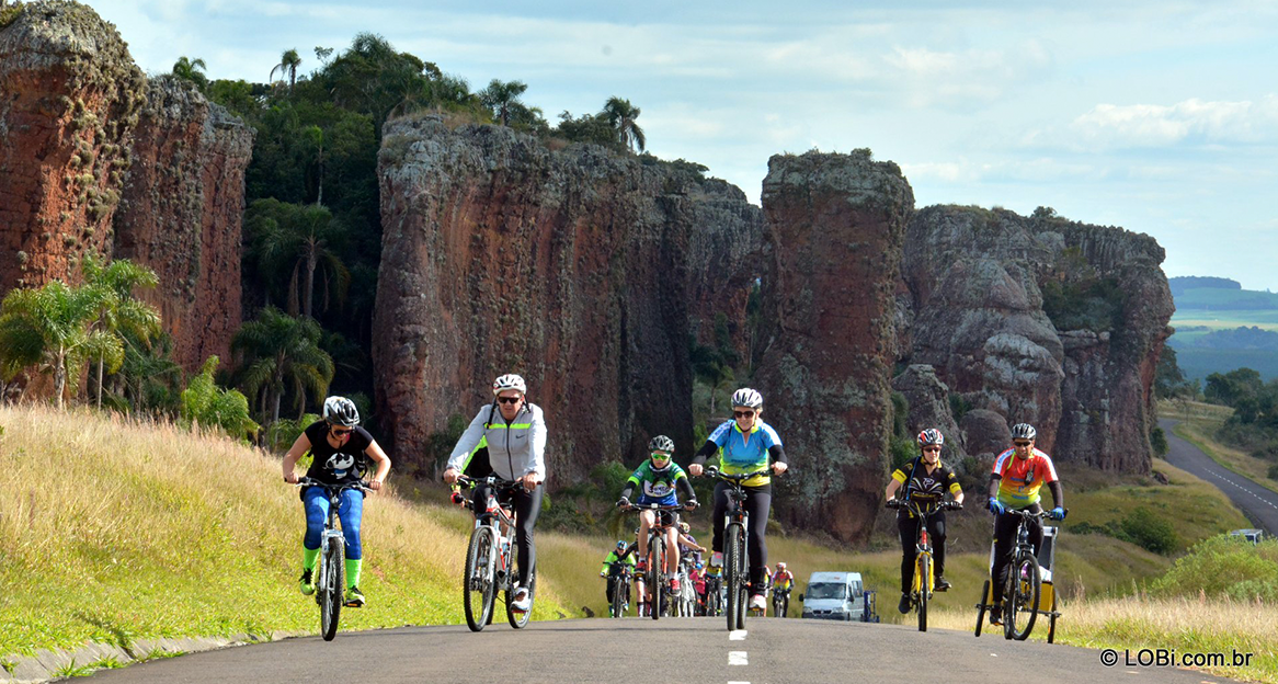 Andar de bike perto de Curitiba