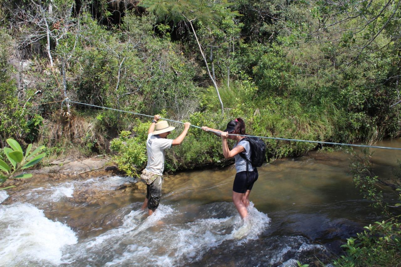 Trilha Travessia rio trilha fortaleza